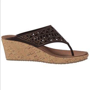 Women's Wedge Sandal - 6